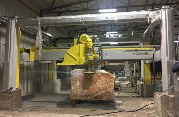 ST Mermer ve Granit Blok Kesme Makinesi